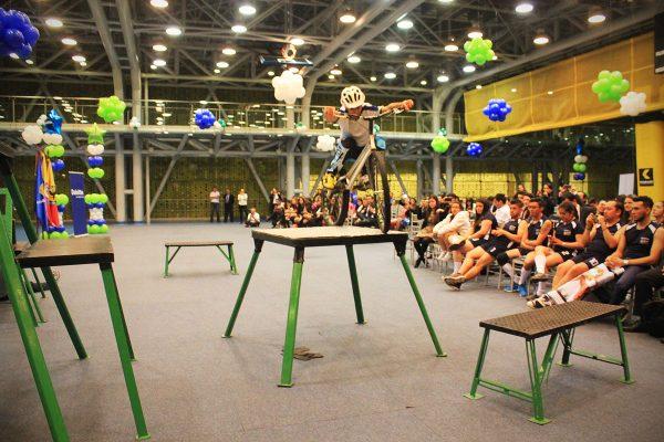 inauguracion olimpiadas con show extremo 10