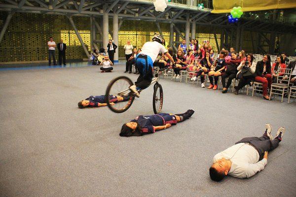 inauguracion olimpiadas con show extremo 12