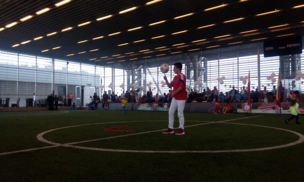 Eventos pachotrial - Show de dominio de balón - soccer freestyle, en inauguracion olimpiadas de Colsubsidio