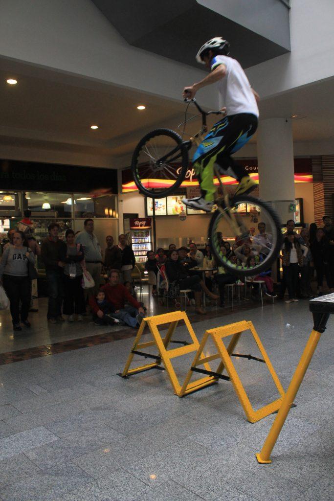 Pacho Villegas volando al triangulo mas lejano